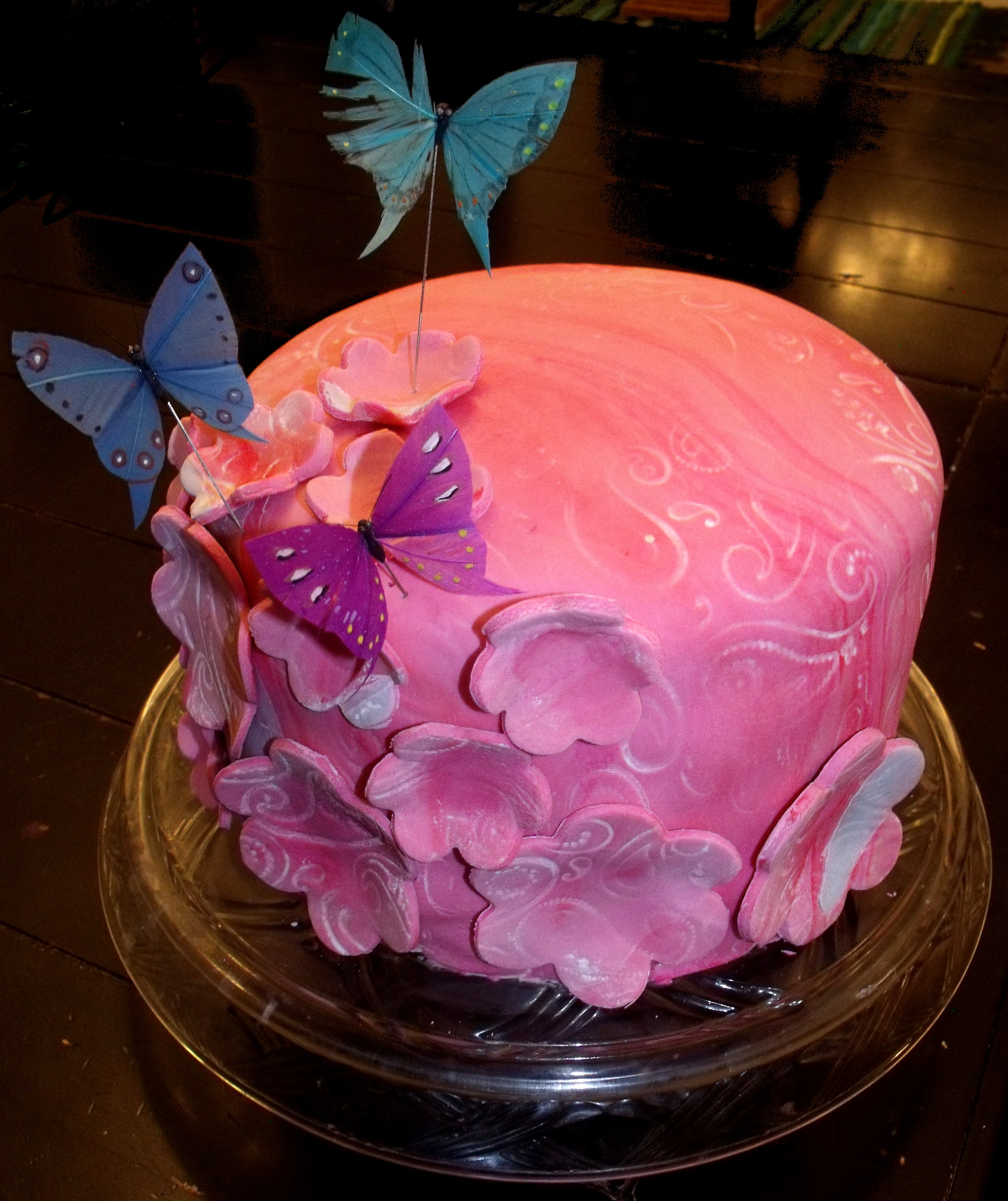 Hot Pink Cake Images : Girly Cakes